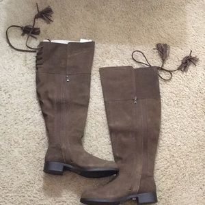 Torrid 9.5W Faux Suede Brown Boots at the Knee